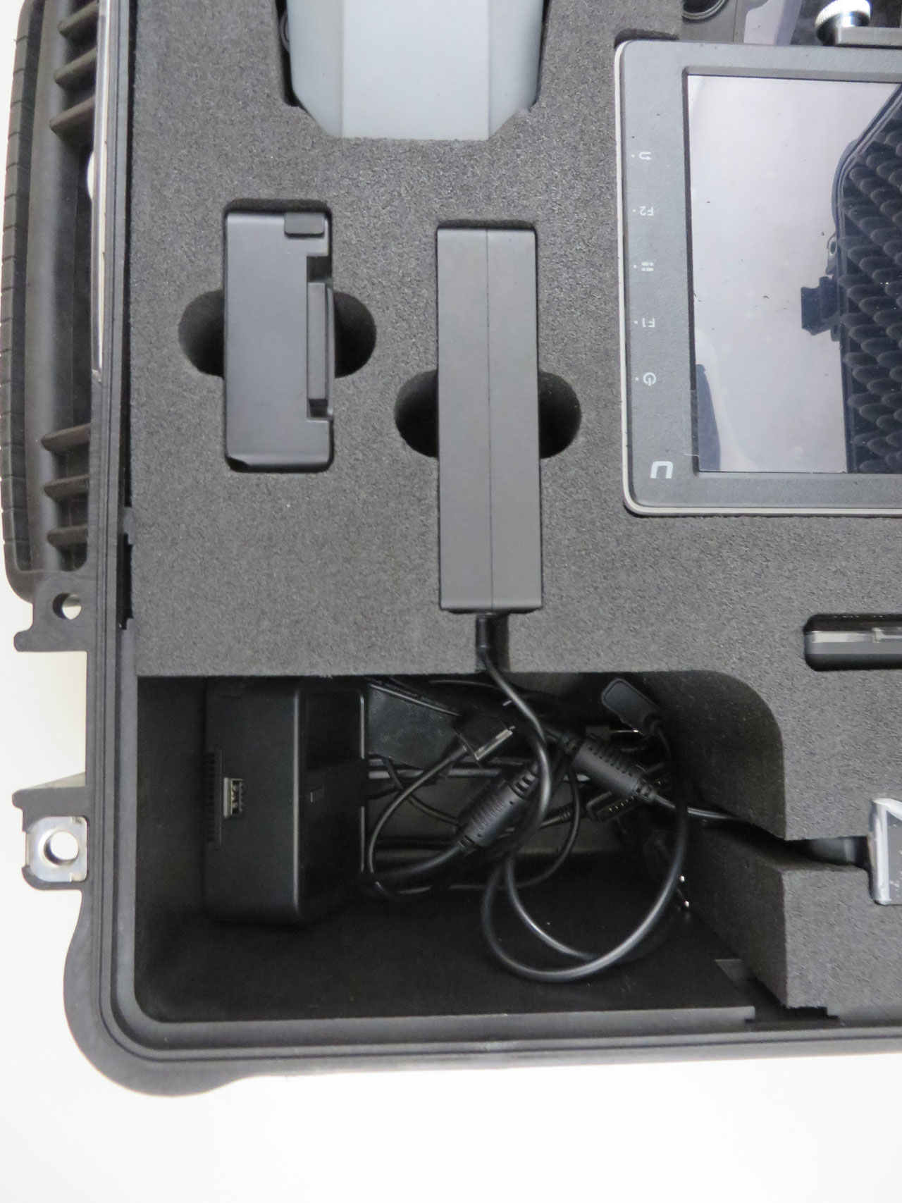 """Calibre 4820 - RTF hard case koffer voor DJI Mavic + CrystalSky 7,85"""""""